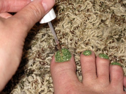 Glitter Toes | Nail Polish | DIY Fashion | Summer | Pedicure | How to