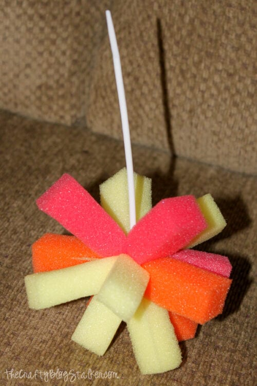 strips of sponges wrapped with a zip tie
