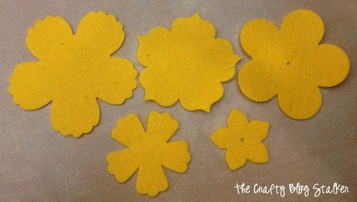 How to Make a Yellow Felt Flower Scarf - The Crafty Blog ...
