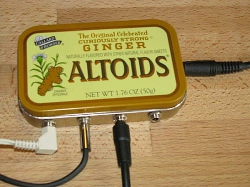 20 Amazing Things to do with an Altoids Tin, featured by top US craft blog, The Crafty Blog Stalker: tin mixer