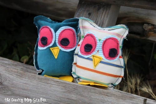 image of two finished owl stuffies sitting together