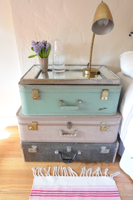 Upcycle that old vintage suitcase into a table, shelves or a dresser. There are so many home decor ideas you can craft and makeover those old suitcases.