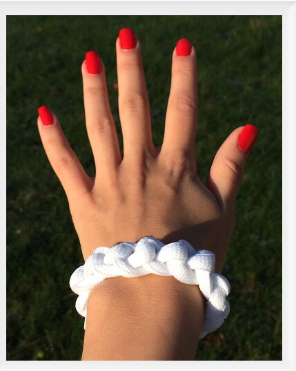Shoelace Bracelet Tutorial