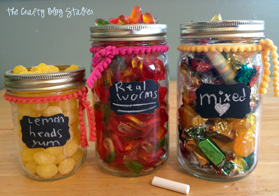 Turn a simple glass Mason Jar into a candy jar with a Chalkboard label. Perfect for parties and table centerpieces.