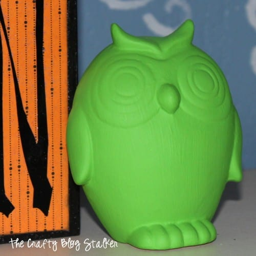 How to Repaint Ceramic Decor, a tutorial featured by top US craft blog, The Crafty Blog Stalker: close up of ceramic owl