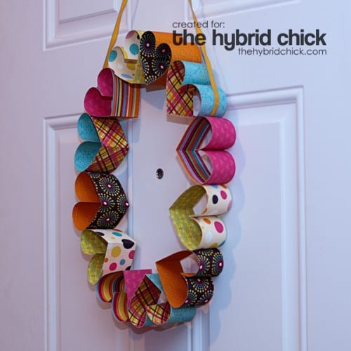 25 Easy Paper Heart Project Ideas, featured by top US craft blog, The Crafty Blog Stalker: Paper Heart Wreath