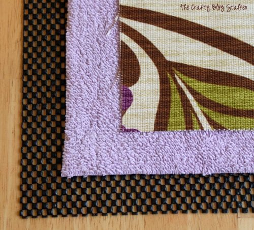 Custom Kitchen Rug | HGTV Fabric | Easy Sew | Home Decor | DIY | No Pattern Sewing