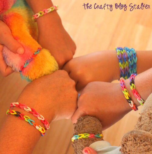 stretch bracelet made with loom bands
