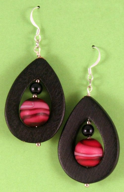 20 Cute Handmade Earrings Ideas featured by top US craft blog, The Crafty Blog Stalker