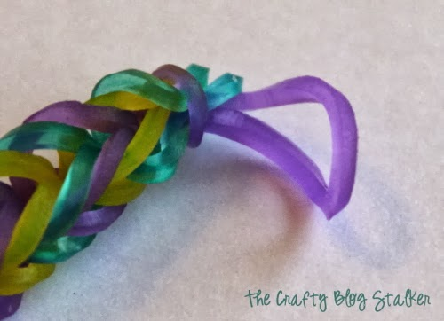 finished loom band knot