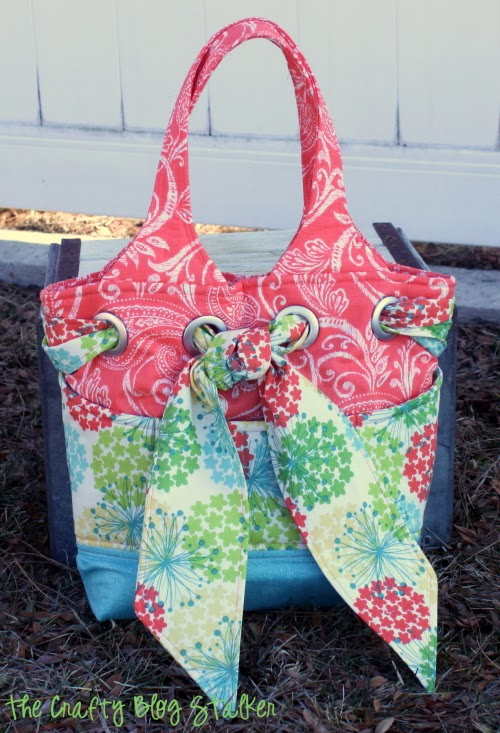 On a recent sewing day, I sewed My Favorite Bag Pattern from Kati Cupcake. A super cute DIY purse that I can't wait to use and show off.