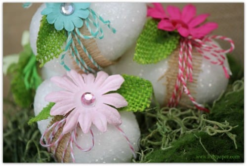 How to Decorate Easter Eggs with Glitter and Burlap