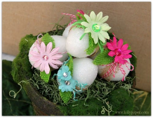 How to Decorate Easter Eggs with Glitter and Burlap, a tutorial featured by top US craft blog, The Crafty Blog Stalker.
