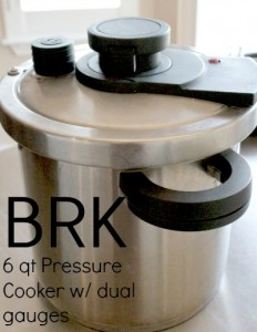 image of a pressure cooker to to make spanish rice