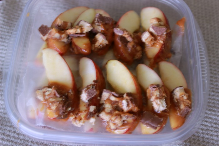 Snicker Caramel Apple Slices