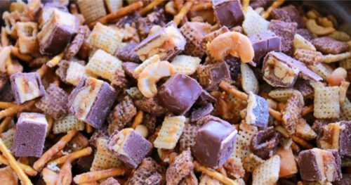 snickers caramel crunch snack mix 8