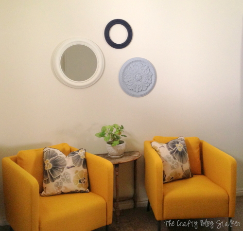 How to Make Painted Medallions Wall Decor, a tutorial featured by top US craft blog, The Crafty Blog Stalker
