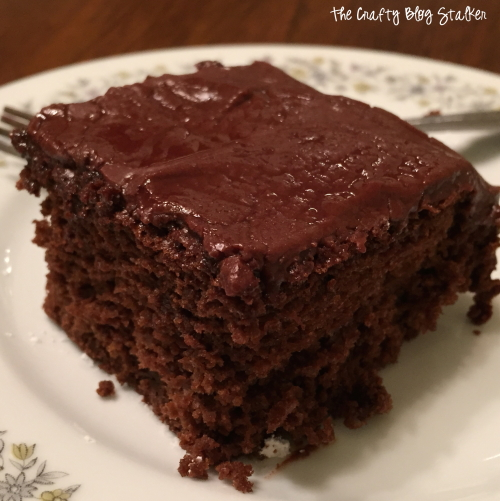 How to Make Heavenly Chocolate Cake Recipe tutorial featured by top US craft blog, The Crafty Blog Stalker.