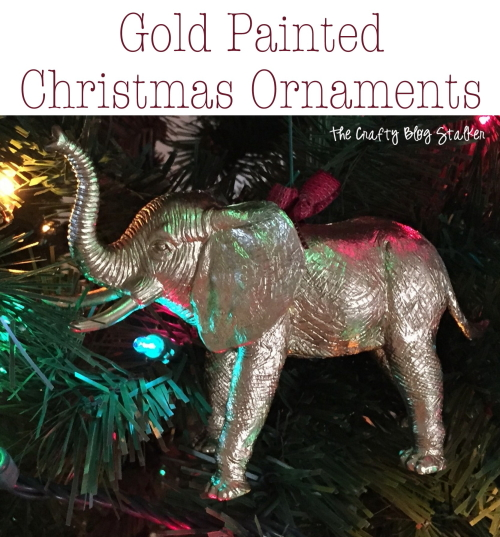 DIY gold painted Christmas Ornaments. An easy DIY craft tutorial idea for a gorgeous ornament that will look amazing hanging on your Christmas Tree.