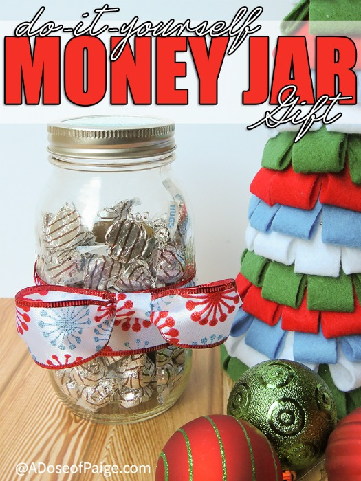 Christmas jar crafts and gifts roundup food crafts and for Cool money jars