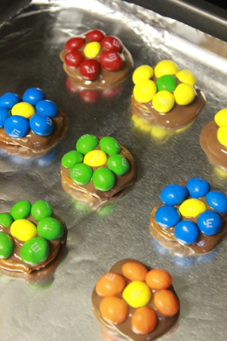 M&M-melted-pretzel