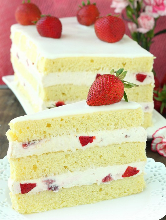 Strawberry-Shortcake-Cake-Recipe