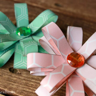 easy flowers paper loops 2