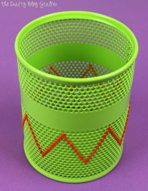 How to Make a Stitched Pencil Holder, a tutorial featured by top US craft blog, The Crafty Blog Stalker.
