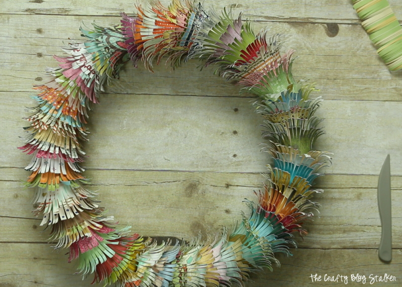 How To Make A Fringed Paper Scrap Wreath The Crafty Blog