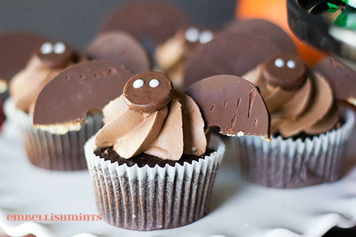 Bat-Cupcakes1
