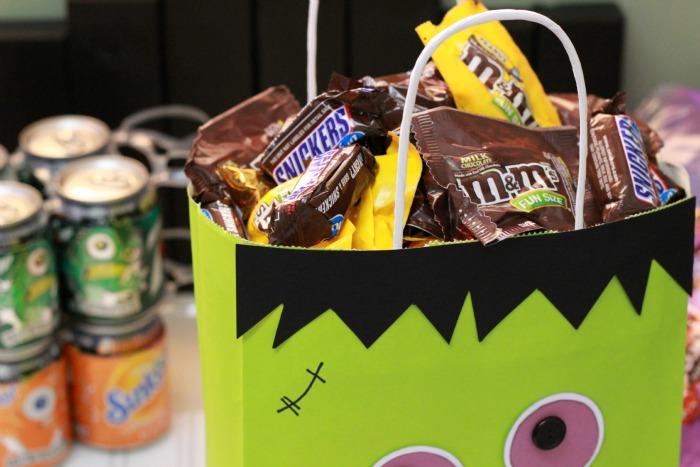 Candy in Bag.ggnoads