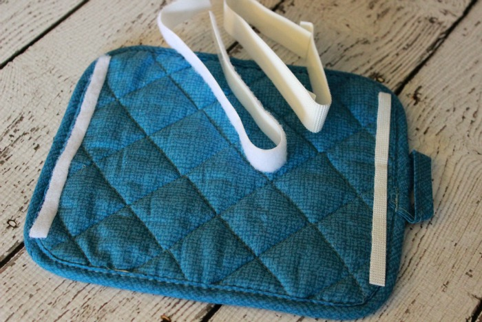 DIY Hot Pad Mini Purse velcro.ggnoads