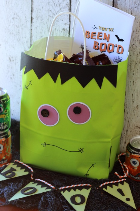 Neighbor Boo Bag.ggnoads