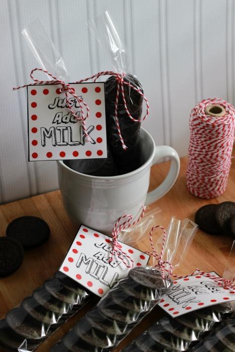 cookies in mug.ggnoads