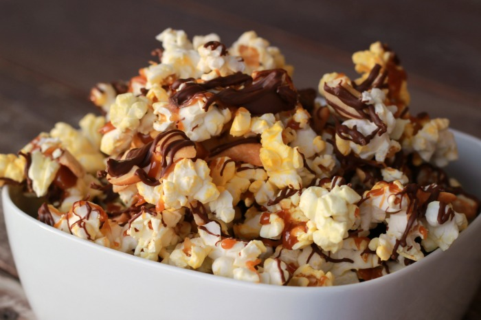 Chocolate Caramel Crunch Popcorn