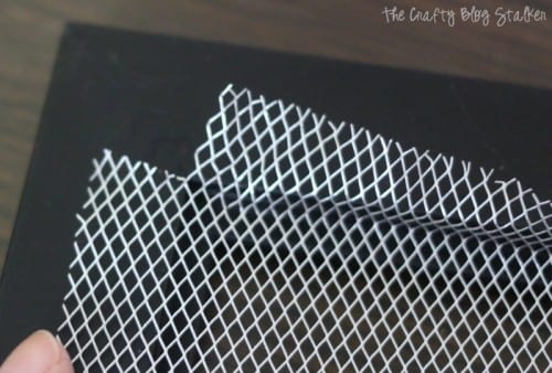 Earring Holder Frame | cut the corner of the aluminum mesh to fit the corner of the frame