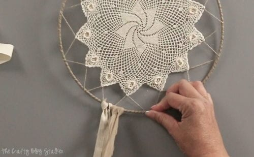 Make your own beautiful Dream Catcher to protect you from bad dreams. The Daydream craft kit comes with everything you need to DIY dreamcatcher decor.