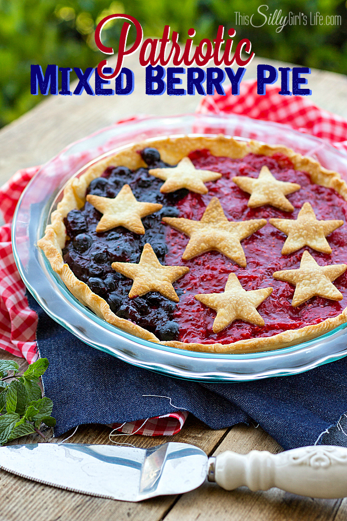 Patriotic-Mixed-Berry-Pie-from-ThisSillyGirlsLife-4