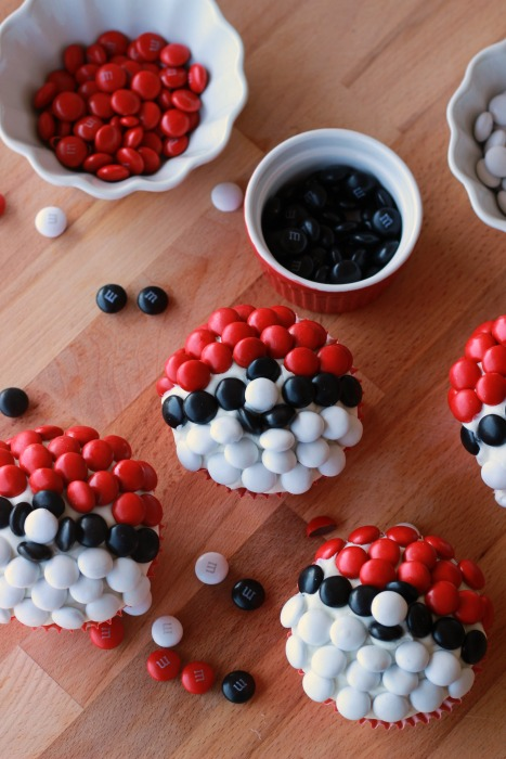 Fun Pokemon Go Craft ideas that will keep you hunting even when the game app is off! Great party ideas and boredom busters.