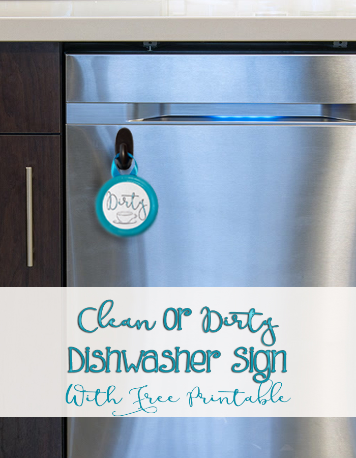Use Mason jar lids with this free printable to make this cute easy clean or dirty dishwasher sign. Never guess whether the dishes are clean or not again. A simple DIY craft tutorial idea for the kitchen.