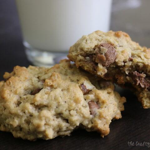 Oatmeal Chocolate Chip Cookie Recipe | Dessert Recipes | Homemade |