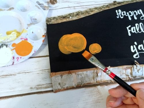 How to make a hand painted sign that is perfect for fall. A simple DIY craft tutorial idea with an easy design great for beginners.