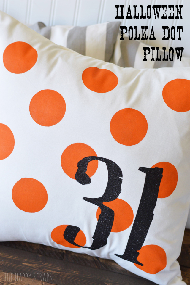 31 easy DIY craft tutorial to create your own Halloween Decorations. Ideas for spooky and the more light-hearted fun Halloween decor.