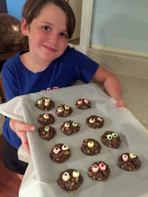 A delicious recipe for fun, no-bake Nutella Monster Cookies by Molly from Just a Little Creativity. An easy DIY recipe for a creepy Halloween treat!