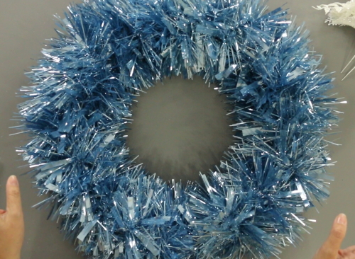 How to make a garland winter wreath for Christmas. An easy DIY craft tutorial idea for seasonal home decor in less than 30 minutes!