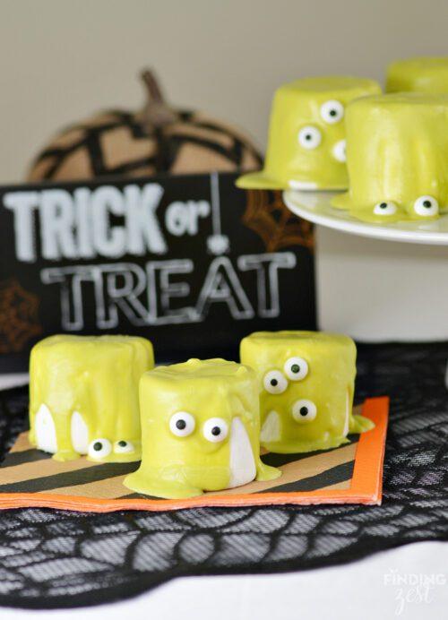 Easy Halloween Monster Marshamallows