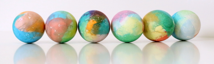 Dyed Easter Eggs | Cool Ways to Dye Easter Eggs | Bleeding Tissue Paper | Easter Ideas | Easy DIY