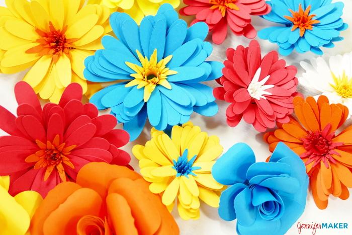 Paper flower wreath flowers 11 the crafty blog stalker paper flower wreath flowers 11 mightylinksfo