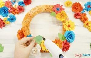 Paper Flower Wreath | Cricut Explore | Handmade Paper Flowers | Easy Home Decor | DIY