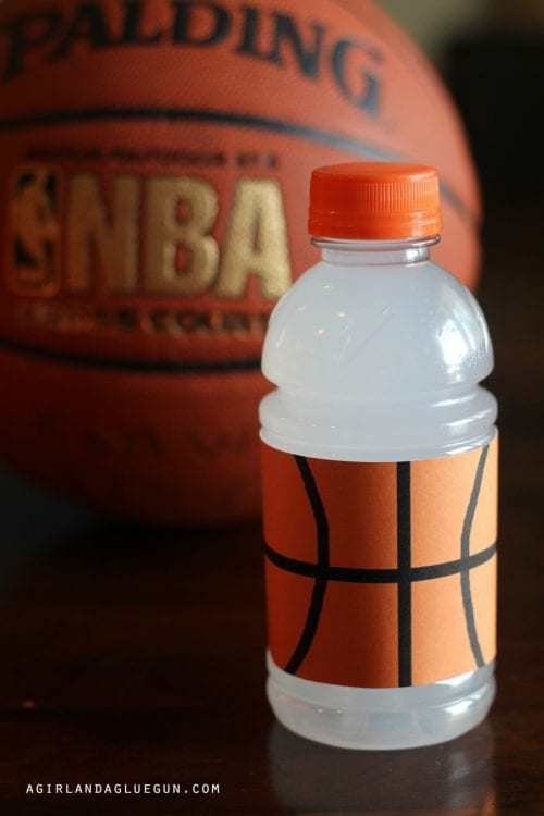 20 March Madness Party Ideas: Food, Games, and Decorations, featured by top US craft blog, The Crafty Blog Stalker: Sports Drink Wraps